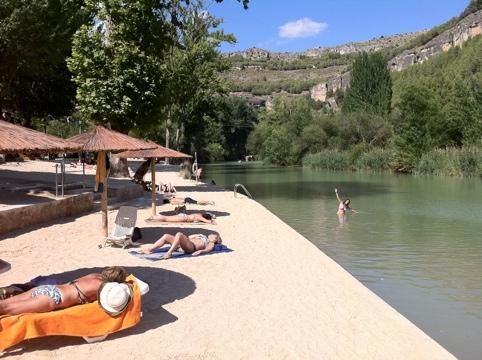 Playa de cuenca blogueros viajeros for Hoteles en cuenca con piscina